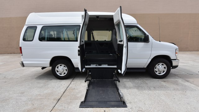 Used Wheelchair Van For Sale 2014 Ford E Series Wagon 350 Super