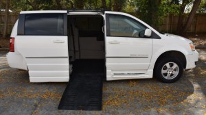 Used Wheelchair Van For Sale: 2010 Dodge Caravan  Wheelchair Accessible Van For Sale with a BraunAbility - Dodge CompanionVan on it. VIN: 2D4RN5D13AR202057