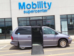 Used Wheelchair Van For Sale: 1997 Chrysler Town & Country Limited Wheelchair Accessible Van For Sale with a  on it. VIN: 1C4GP64L4VB246739