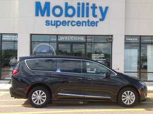 Used Wheelchair Van For Sale: 2017 Chrysler Pacifica Touring Wheelchair Accessible Van For Sale with a Side Entry on it. VIN: 2C4RC1BG7HR836677