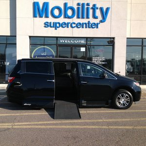Used Wheelchair Van For Sale: 2013 Honda Odyssey EX Wheelchair Accessible Van For Sale with a Northstar on it. VIN: 5FNRL5H67DB065780