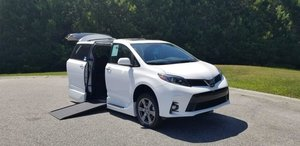 New Wheelchair Van For Sale: 2019 Toyota Sienna SE Wheelchair Accessible Van For Sale with a VMI on it. VIN: 5TDXZ3DC5KS983901