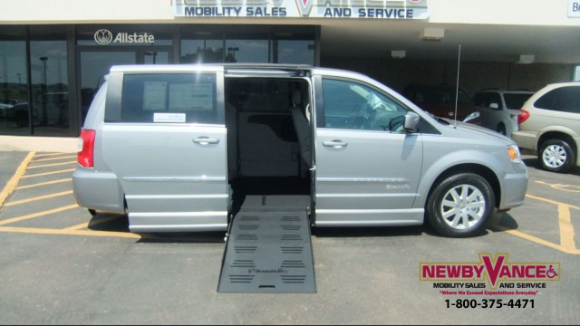 2015 Chrysler Town Country Wheelchair Van For Sale