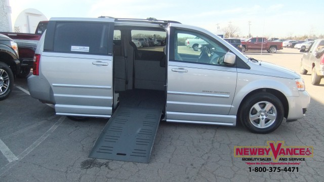 2009 Dodge Grand Caravan Wheelchair Van For Sale
