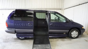 Used Wheelchair Van For Sale: 1999 Dodge Caravan  Wheelchair Accessible Van For Sale with a Non Branded - Please See Description on it. VIN: 2B4GP44R8XR378400