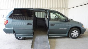 Used Wheelchair Van For Sale: 2006 Dodge Caravan  Wheelchair Accessible Van For Sale with a Non Branded - Please See Description on it. VIN: 1D4GP24R66B611309