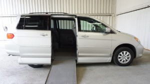 Used Wheelchair Van For Sale: 2008 Honda Odysey Exl  Wheelchair Accessible Van For Sale with a Non Branded - Please See Description on it. VIN: 5FNRL38658B403123