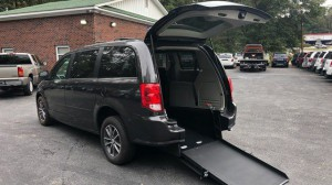 Used Wheelchair Van For Sale: 2016 Dodge Caravan  Wheelchair Accessible Van For Sale with a  on it. VIN: 2C4RDGCGXGR359028