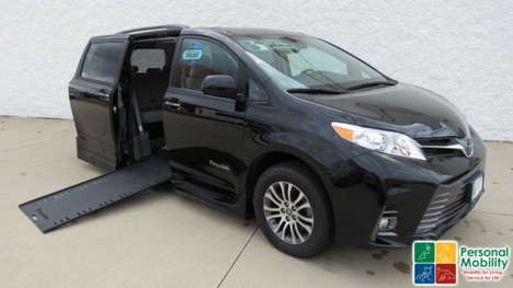 Used Wheelchair Van For Sale: 2020 Toyota Sienna SE Wheelchair Accessible Van For Sale with a BraunAbility Toyota Rampvan Xi on it. VIN: 5TDYZ3DCXLS037024
