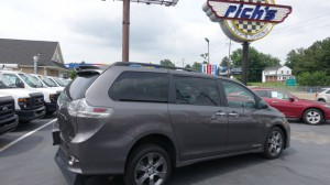 Used Wheelchair Van For Sale: 2015 Toyota Sienna SE  Wheelchair Accessible Van For Sale with a Freedom Motors - Power Toyota Rear Entry on it. VIN: 5TDXK3DC2FS547503