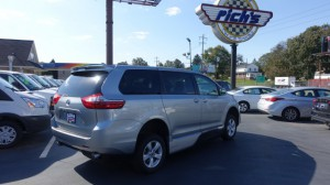 New Wheelchair Van For Sale: 2019 Toyota Sienna LE Wheelchair Accessible Van For Sale with a VMI - VMI Northstar E Toyota  on it. VIN: 5TDKZ3DCXKS971365