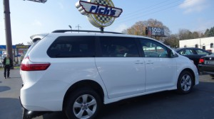 Used Wheelchair Van For Sale: 2019 Toyota Sienna  Wheelchair Accessible Van For Sale with a  on it. VIN: 5TDK23DC8KS018220