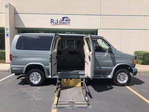 "Used Wheelchair Van For Sale: 2006 Ford E-350  Wheelchair Accessible Van For Sale with a Norcal Max 8"" Floor Drop  w/ BraunAbility UVL on it. VIN: 1FMNE31L66DB39905"