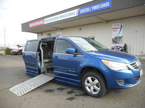 Used Wheelchair Van For Sale: 2011 Volkswagen Routan Se SE Wheelchair Accessible Van For Sale with a Elderado Power Fold Out Conversion  on it. VIN: 2V4RW3DG5BR691202