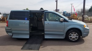 Used Wheelchair Van For Sale: 2009 Chrysler Town and Country Limited  Wheelchair Accessible Van For Sale with a Rollx Vans - Rollx In Floor Chrysler on it. VIN: 	2A8HR64X09R528295