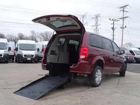 New Wheelchair Van For Sale: 2020 Dodge Grand Caravan SE Wheelchair Accessible Van For Sale with a SE Wagon on it. VIN: 2C4RDGBGXLR248782