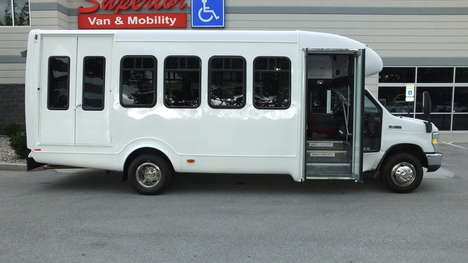 Used Wheelchair Van For Sale: 2008 Ford Econoline S Wheelchair Accessible Van For Sale with a  on it. VIN: 1FD4E45S48DB60273