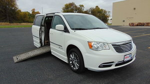 Used Wheelchair Van For Sale: 2011 Chrysler Town & Country Touring Wheelchair Accessible Van For Sale with a BraunAbility Chrysler Entervan II on it. VIN: 2A4RR5DG0BR766170