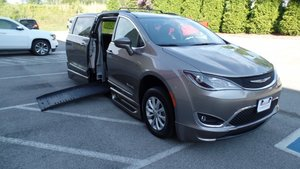 Used Wheelchair Van For Sale: 2017 Chrysler Pacifica Touring Wheelchair Accessible Van For Sale with a BraunAbility BraunAbility Pacifica Foldout XT on it. VIN: 2C4RC1BG3HR668066