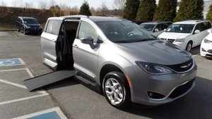 New Wheelchair Van For Sale 2018 Chrysler Pacifica Touring Accessible With