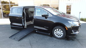 Used Wheelchair Van For Sale: 2019 Chrysler Pacifica Touring Wheelchair Accessible Van For Sale with a BraunAbility Chrysler Pacifica Foldout XT on it. VIN: 2C4RC1BG4KR613469