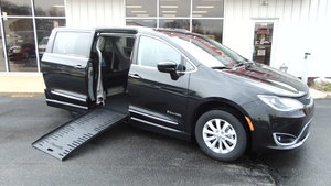 Used Wheelchair Van For Sale: 2019 Chrysler Pacifica Touring Wheelchair Accessible Van For Sale with a BraunAbility Chrysler Pacifica Foldout on it. VIN: 2C4RC1BG5KR547918
