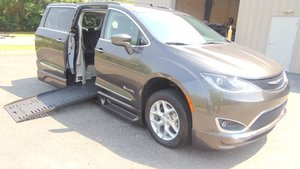 Used Wheelchair Van For Sale: 2017 Chrysler Pacifica Touring Wheelchair Accessible Van For Sale with a BraunAbility BraunAbility Pacifica Foldout XT on it. VIN: 2C4RC1BG8HR668614