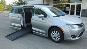 Used Wheelchair Van For Sale: 2019 Chrysler Pacifica Touring Wheelchair Accessible Van For Sale with a BraunAbility Chrysler Pacifica Foldout on it. VIN: 2C4RC1BG8KR597499