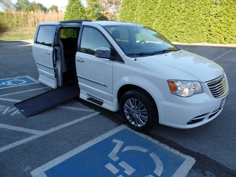 Used Wheelchair Van For Sale: 2015 Chrysler Town & Country Touring Wheelchair Accessible Van For Sale with a  on it. VIN: 2C4RC1CG6FR554848