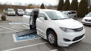 New Wheelchair Van For Sale: 2018 Chrysler Pacifica Touring Wheelchair Accessible Van For Sale with a BraunAbility BraunAbility Pacifica InFloor on it. VIN: 2C4RC1EG2JR112378