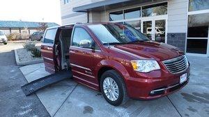 BraunAbility Chrysler Entervan II Wheelchair Van Conversion