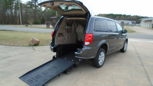 Used Wheelchair Van For Sale: 2016 Dodge Grand Caravan S Wheelchair Accessible Van For Sale with a  on it. VIN: 2C4RDGBG5GR374764