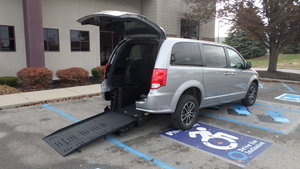 Used Wheelchair Van For Sale: 2018 Dodge Grand Caravan SXT Wheelchair Accessible Van For Sale with a BraunAbility Dodge Manual Rear Entry on it. VIN: 2C4RDGBGXJR215259