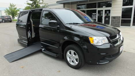 Used Wheelchair Van For Sale: 2013 Dodge Grand Caravan SXT Wheelchair Accessible Van For Sale with a  on it. VIN: 2C4RDGCG0DR550579