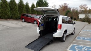 Used Wheelchair Van For Sale: 2016 Dodge Grand Caravan SXT Wheelchair Accessible Van For Sale with a BraunAbility Dodge Manual Rear Entry on it. VIN: 2C4RDGCG0GR384648