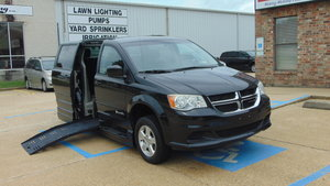 Used Wheelchair Van For Sale: 2013 Dodge Grand Caravan S Wheelchair Accessible Van For Sale with a  on it. VIN: 2C4RDGCG4DR627888
