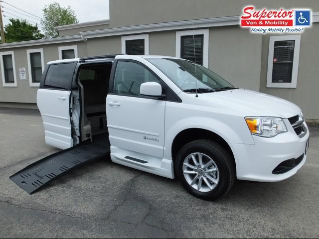 2015 dodge grand caravan wheelchair van for sale braunability dodge entervan xt baton rouge. Black Bedroom Furniture Sets. Home Design Ideas