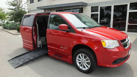 Used Wheelchair Van For Sale: 2013 Dodge Grand Caravan SXT Wheelchair Accessible Van For Sale with a  on it. VIN: 2C4RDGCG9DR718932