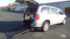 Used Wheelchair Van For Sale: 2018 Dodge Grand Caravan SXT Wheelchair Accessible Van For Sale with a Commercial Vans Dodge ADA Rear Entry on it. VIN: 2C4RDGCGXJR327106