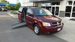 Used Wheelchair Van For Sale: 2009 Dodge Grand Caravan SXT Wheelchair Accessible Van For Sale with a BraunAbility Dodge Entervan II on it. VIN: 2D8HN54169R564499