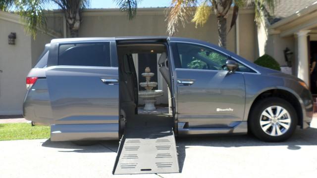 2014 honda odyssey wheelchair van for sale braunability for Superior honda new orleans