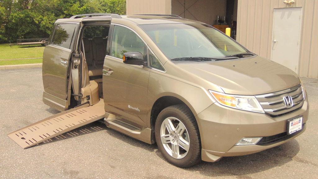 2012 honda odyssey wheelchair van for sale braunability for Superior honda new orleans