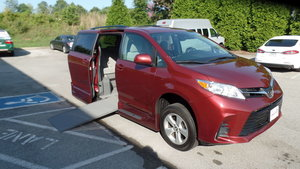 Used Wheelchair Van For Sale: 2018 Toyota Sienna LE Wheelchair Accessible Van For Sale with a VMI Toyota NorthstarAccess360 on it. VIN: 5TDKZ3DC6JS925742