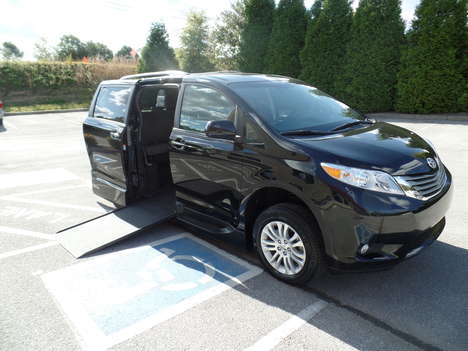 Used Wheelchair Van For Sale: 2017 Toyota Sienna LE Wheelchair Accessible Van For Sale with a  on it. VIN: 5TDYZ3DC5HS838192