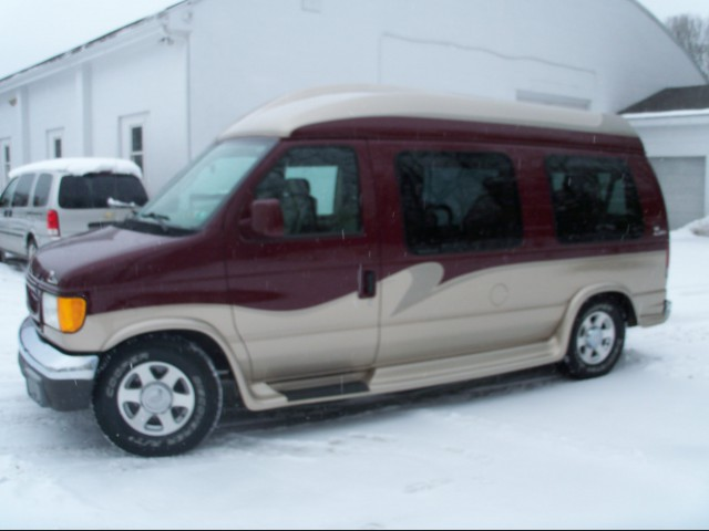 Wheelchair van for sale: 2004 Ford E-150  Non Branded Full Size Van Conversion - 4HA58753
