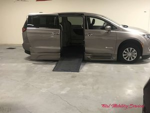 New Wheelchair Van For Sale: 2018 Chrysler Pacifica Touring Wheelchair Accessible Van For Sale with a BraunAbility Chrysler Entervan Xi Infloor on it. VIN: 2C4RC1FG0JR309502