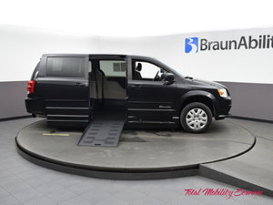 Used Wheelchair Van For Sale: 2016 Dodge Grand Caravan SE Wheelchair Accessible Van For Sale with a BraunAbility Dodge Entervan XT on it. VIN: 2C4RDGBG0GR274104