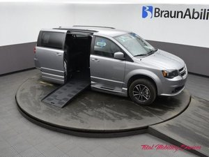 Used Wheelchair Van For Sale: 2019 Dodge Grand Caravan S Wheelchair Accessible Van For Sale with a BraunAbility Dodge Entervan XT on it. VIN: 2C4RDGEG6KR663852