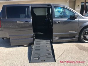 Used Wheelchair Van For Sale: 2019 Dodge Grand Caravan GT Wheelchair Accessible Van For Sale with a BraunAbility Dodge Entervan XT on it. VIN: 2C4RDGEGXKR662560