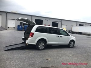 New Wheelchair Van For Sale: 2019 Dodge Grand Caravan SE Wheelchair Accessible Van For Sale with a BraunAbility Dodge Manual Rear Entry on it. VIN: 2C7WDGBG1KR680245